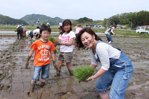 香り米プロジェクト 三人親子